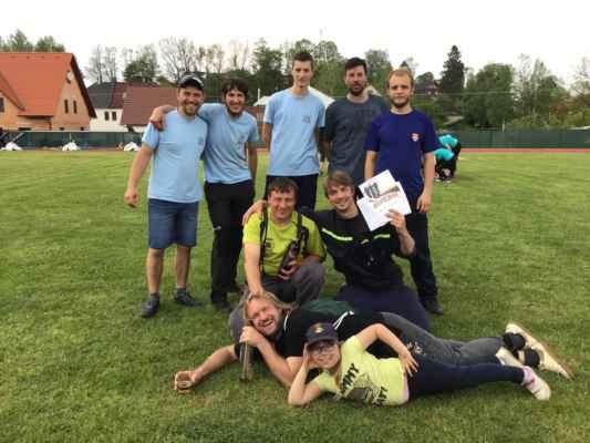 Naši muži na okrskové soutěži vSádku
