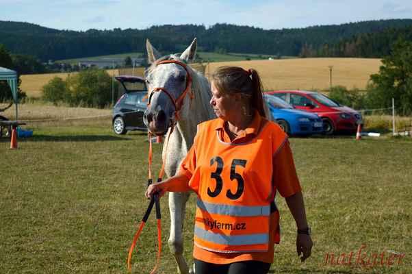 Šárka Vaňásková + Lišák 1 - vstupní veterina