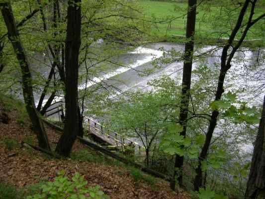 Weisshuhnův kanál 05 - Papírenský splav na řece Moravici