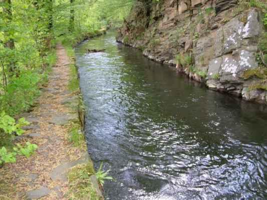 Weisshuhnův kanál 34 - kanál u mostku přes kanál