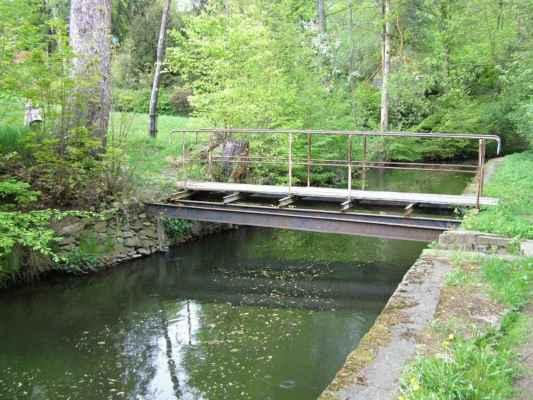 Weisshuhnův kanál 71 - mostek kde jsme kanál opustili
