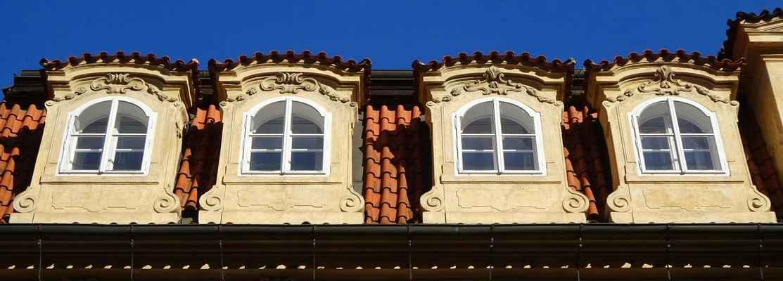 Karmelitská 18 - Thun-Hohejnštejnský palác