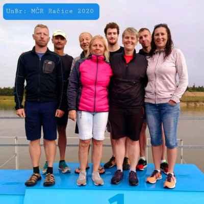 S celkovou bilancí 2 stříbrných ze štafet na 4x1.25km, 7 individuálních medailí z 5km závodu se vrátili dálkoplavci UnBr. První místa si odvezli: J.Mašlaň (35-39),L.Grošek (40-44), P.Mrůzková (50-54), A.Mrůzek (55-59), M.Vymazal (60-64), stříbro: H.Gilíková (45-49), bronz: T.Veškrna (25-29)