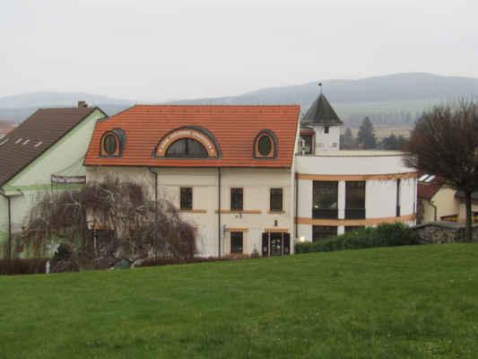Dům historie Přešticka - Dům byl vybudován v letech 1999-2000 nákladem 10 mil. Kč.
