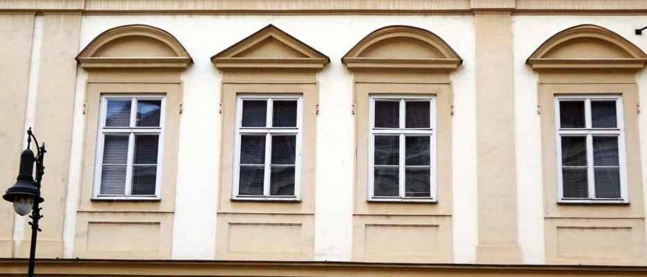 Sněmovní 3 - Kolowratský palác