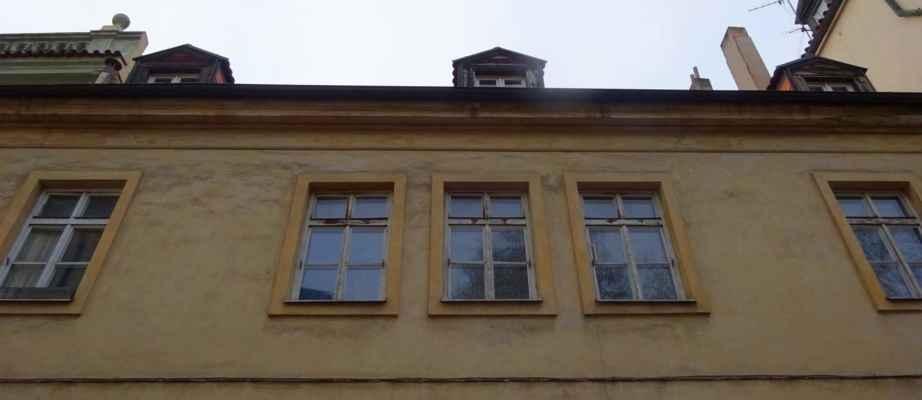 Sněmovní 11 - Thunovský dům