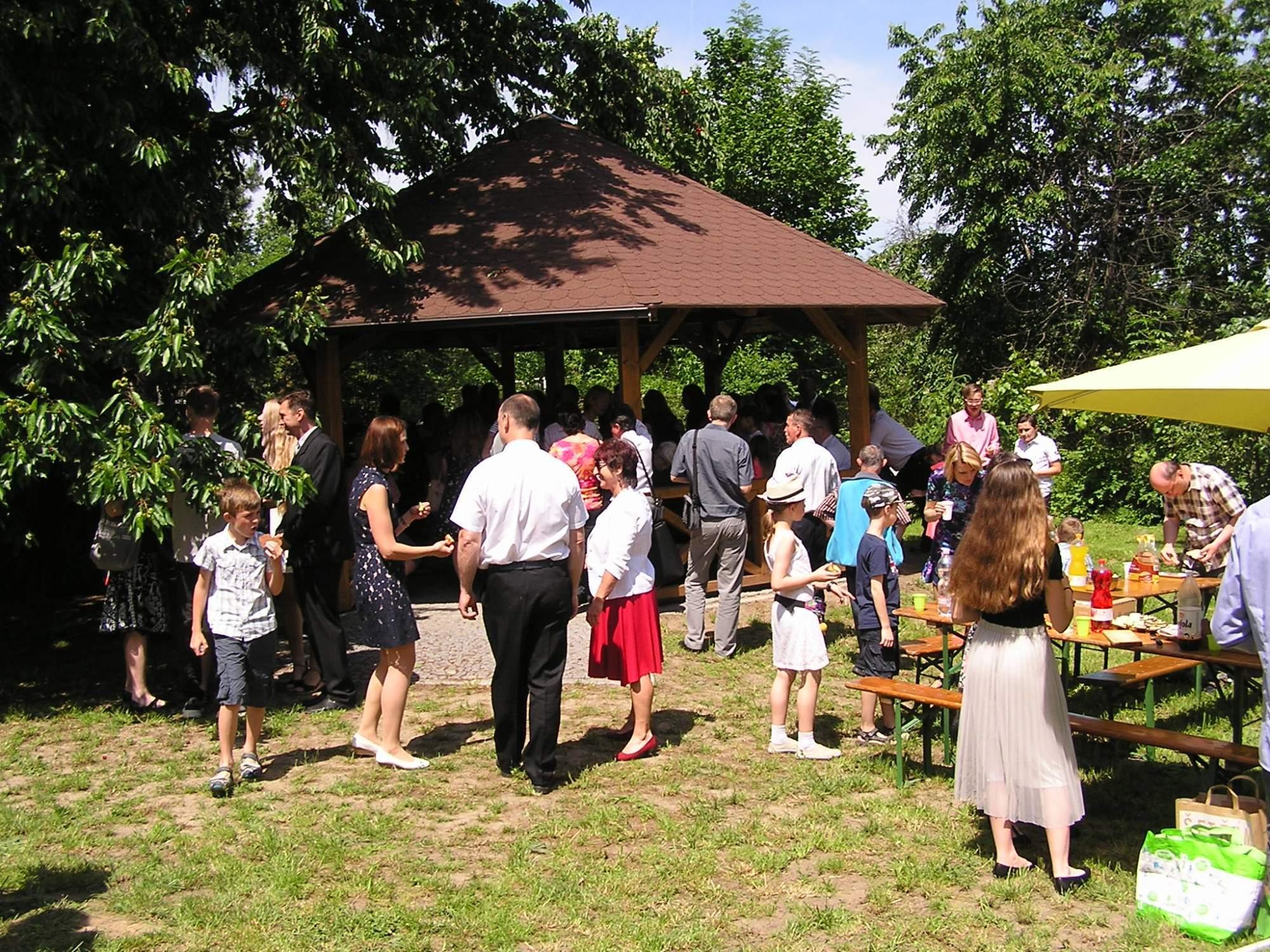 společenská farní akce na farní zahradě