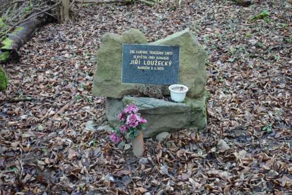 Pomníček pod Třebsínem.